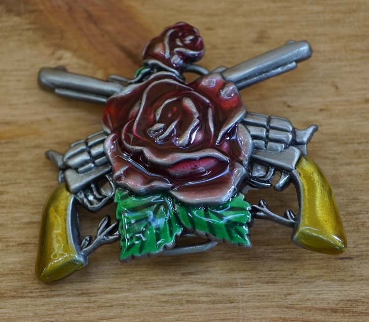 """Belt buckle  """" Country rose with guns """""""